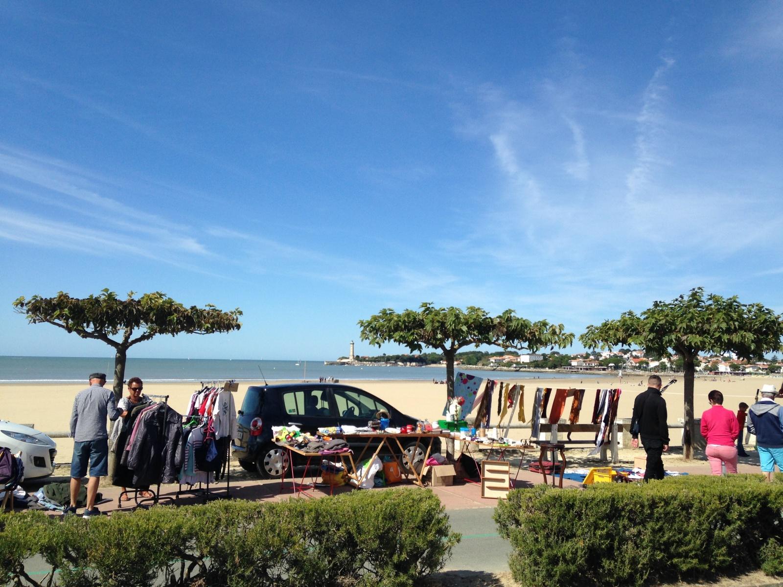 Brocante Beach St. Georges de Didonne Charente Martime