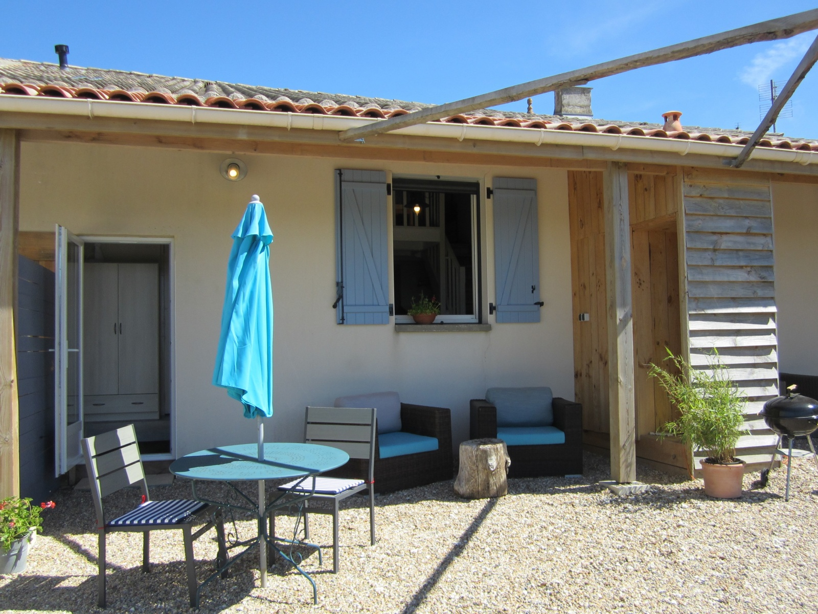 Terras apartment Cottage Charente Marittime